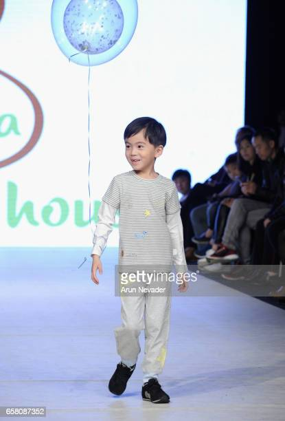 A model walks the runway wearing Blara Organic at Vancouver Fashion Week Fall/Winter 2017 at Chinese Cultural Centre of Greater Vancouver on March 26...