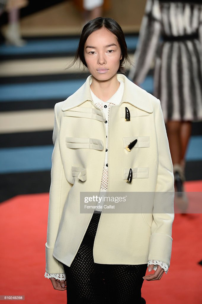 A model walks the runway wearing Derek Lam Fall 2016 during New York Fashion Week: The Shows at The Gallery, Skylight at Clarkson Sq on February 14, 2016 in New York City.