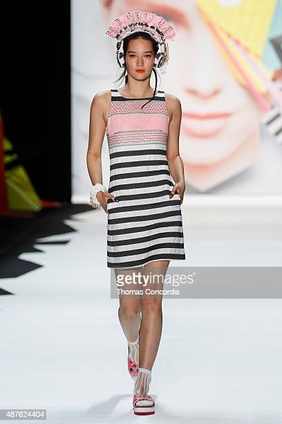 A model walks the runway wearing Desigual Spring 2016 during New York Fashion Week at The Arc Skylight at Moynihan Station on September 10 2015 in...