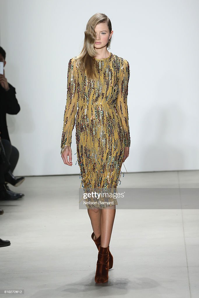 A model walks the runway wearing Jenny Packham Fall 2016 during New York Fashion Week The Shows at The Gallery Skylight at Clarkson Sq on February 14...