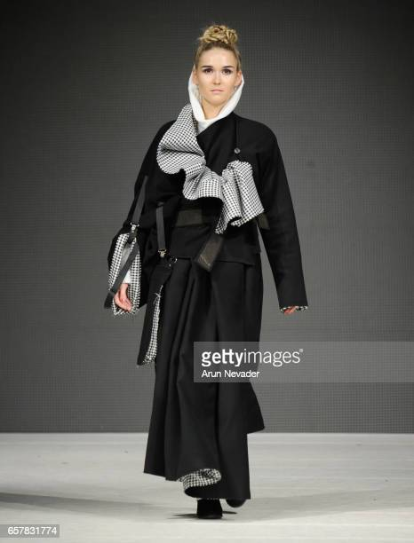 A model walks the runway wearing Jose Hendo at Vancouver Fashion Week Fall/Winter 2017 at Chinese Cultural Centre of Greater Vancouver on March 25...