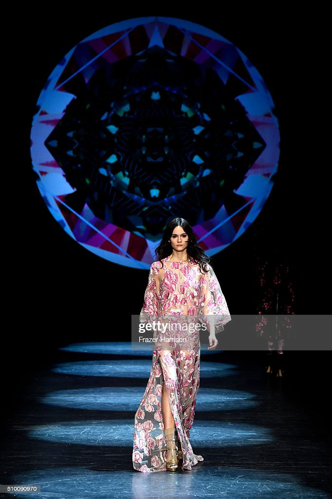 A model walks the runway wearing Monique Lhuillier Fall 2016 during New York Fashion Week: The Shows at The Arc, Skylight at Moynihan Station on February 13, 2016 in New York City.