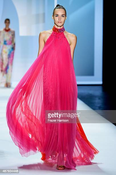 A model walks the runway wearing Monique Lhuillier Spring 2016 during New York Fashion Week The Shows at The Arc Skylight at Moynihan Station on...