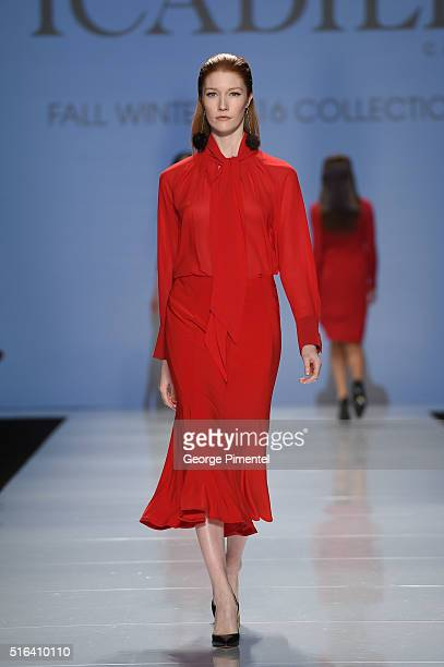 A model walks the runway wearing Picadilly 2016 collection during Toronto Fashion Week Fall 2016 at David Pecaut Square on March 18 2016 in Toronto...
