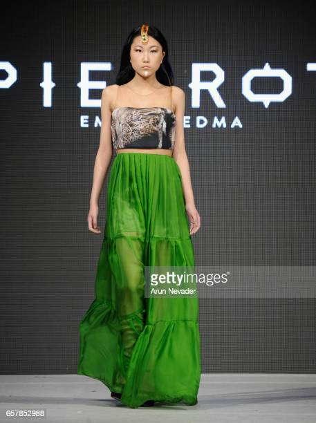 A model walks the runway wearing Pierrot by Emma Viedma at Vancouver Fashion Week Fall/Winter 2017 at Chinese Cultural Centre of Greater Vancouver on...