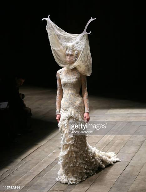 Model wearing Alexander McQueen Autumn/Winter 2006
