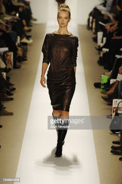 Model wearing Atil Kutoglu Fall 2007 during MercedesBenz Fashion Week Fall 2007 Atil Kutoglu Runway at The Promanade Bryant Park in New York City New...