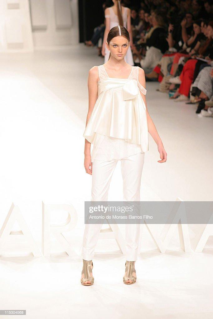 Rio Fashion Week Spring/Summer 2007 - Mara Mac