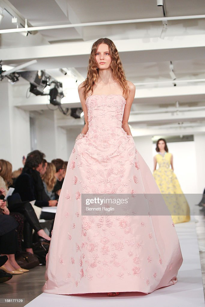 A model wearing Oscar de la Renta walks the runway during the Oscar de la Renta Pre-Fall 2013 Collection on December 10, 2012 in New York City.