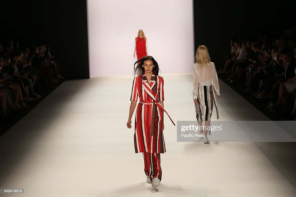 Model wears the collection of Avelon on the catwalk at the Erika Hess Ice Stadium in Berlin-Weding. 19th time of the Mercedes-Benz Fashion Week in Berlin. Numerous labels are taking part in the German fashion week for the 2017 spring / summer season.