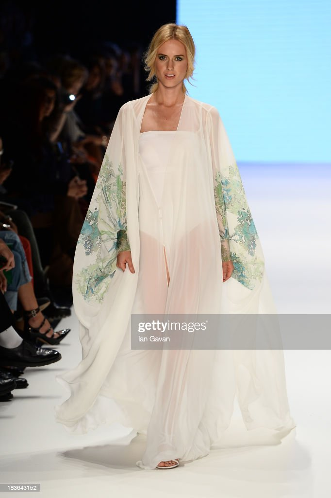 Model Wilma Elles walks the runway at the Red Beard By Tanju Babacan show during Mercedes-Benz Fashion Week Istanbul s/s 2014 presented by American Express on October 8, 2013 in Istanbul, Turkey.