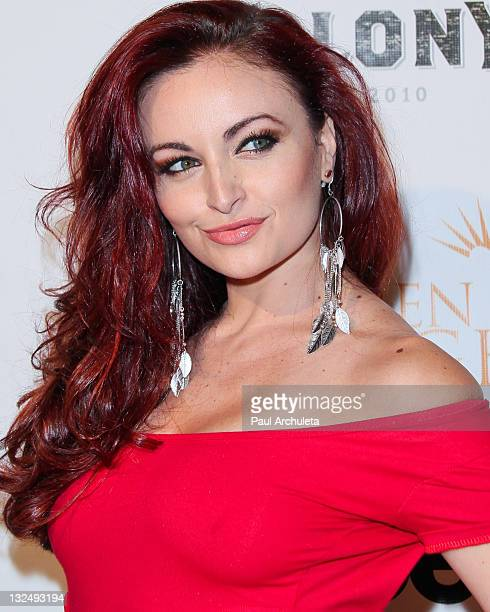 Model / WWE Diva Maria Kanellis arrives at the Benchwarmer Stars And Stripes celebration benefiting Children Of The Night at The Colony on June 29...