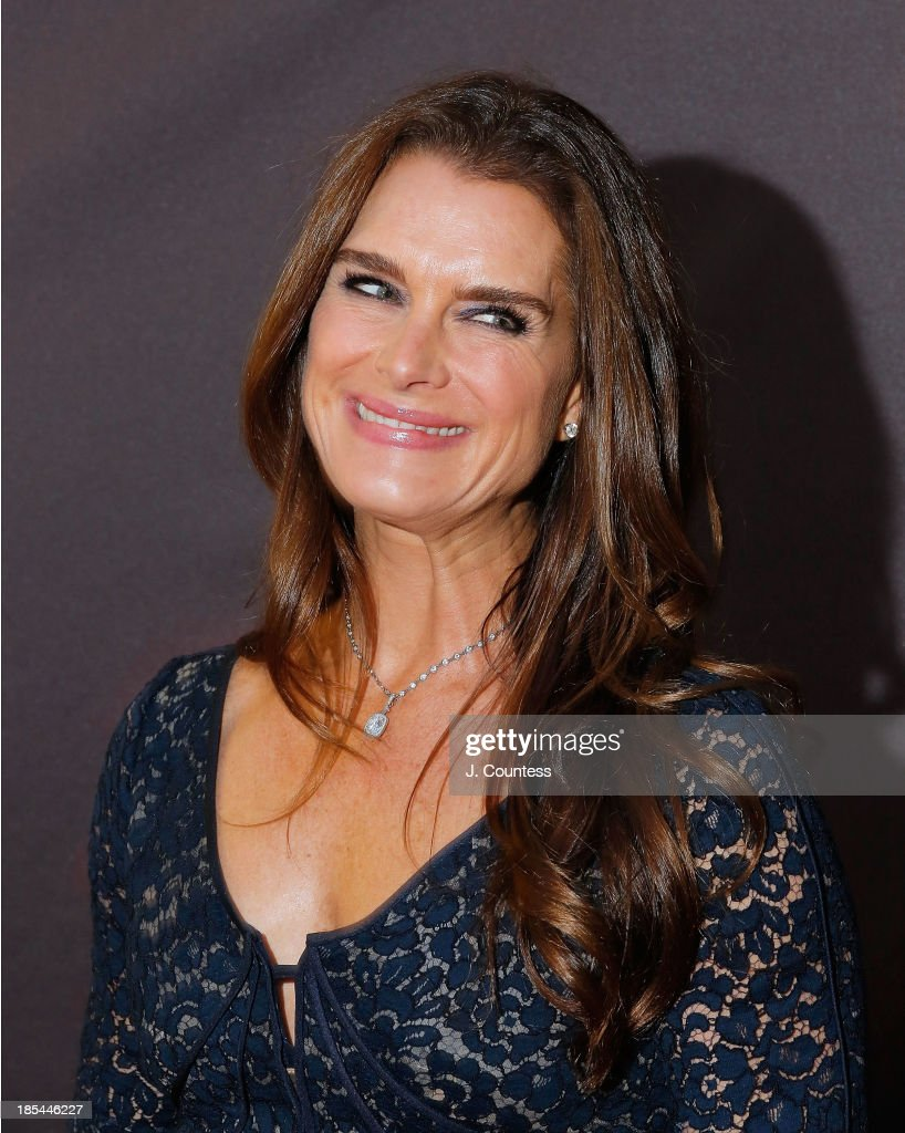 Model/actress <a gi-track='captionPersonalityLinkClicked' href=/galleries/search?phrase=Brooke+Shields&family=editorial&specificpeople=202197 ng-click='$event.stopPropagation()'>Brooke Shields</a> attends the Broadway opening night of 'A Time To Kill' at The Golden Theatre on October 20, 2013 in New York City.