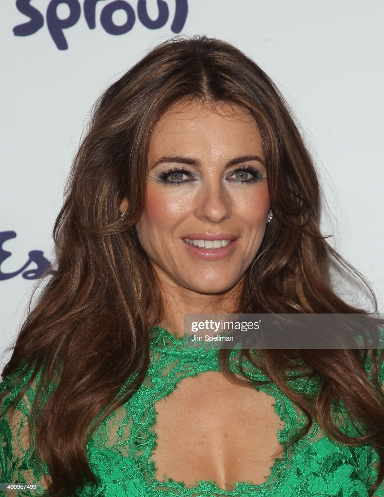 Model/actress <a gi-track='captionPersonalityLinkClicked' href=/galleries/search?phrase=Elizabeth+Hurley&family=editorial&specificpeople=201731 ng-click='$event.stopPropagation()'>Elizabeth Hurley</a> attends the 2014 NBCUniversal Cable Entertainment Upfronts at The Jacob K. Javits Convention Center on May 15, 2014 in New York City.