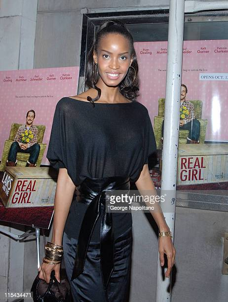 Modelactress Georgianna Robertson at the NY Premiere Of 'Lars And The Real Girl' at the Paris Theatre in New York October 3 2007