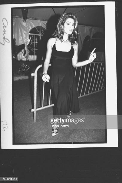 ModelMTV hostess Cindy Crawford sexily sashaying by as she arrives at premiere party for the movie A League of Their Own at Tavern on the Green...