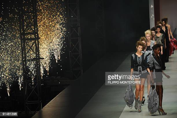 Models display creations of C'N'C Costume National Spring/Summer 2010 readytowear collection on September 24 2009 during the Women's fashion week in...