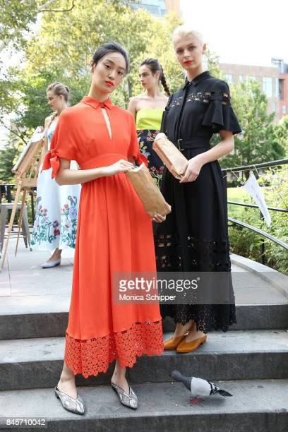 Models pose for the Lela Rose Presentation during New York Fashion Week at Washington Square Park on September 11 2017 in New York City