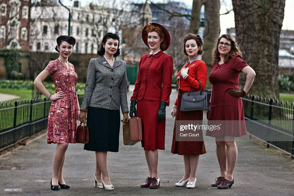 Fashion On The Ration Exhibition Demonstrating 1940 39 S Wartime Style Getty Images