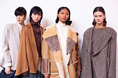 Nehera : Backstage - Paris Fashion Week Womenswear...