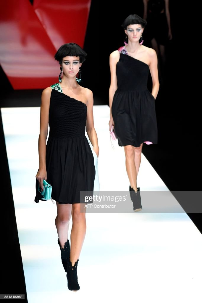 models-present-creations-for-fashion-house-giorgio-armani-during-the-picture-id851315362
