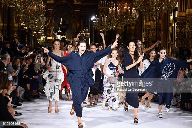 Models run on the runway during the Stella McCartney show as part of the Paris Fashion Week Womenswear Spring/Summer 2017 on October 3 2016 in Paris...