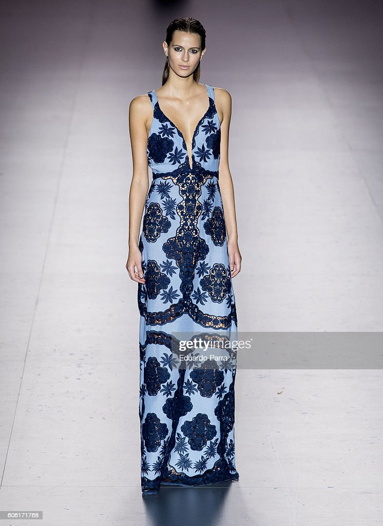 models-showcase-designs-by-roberto-torretta-on-the-runway-at-the-picture-id606171768