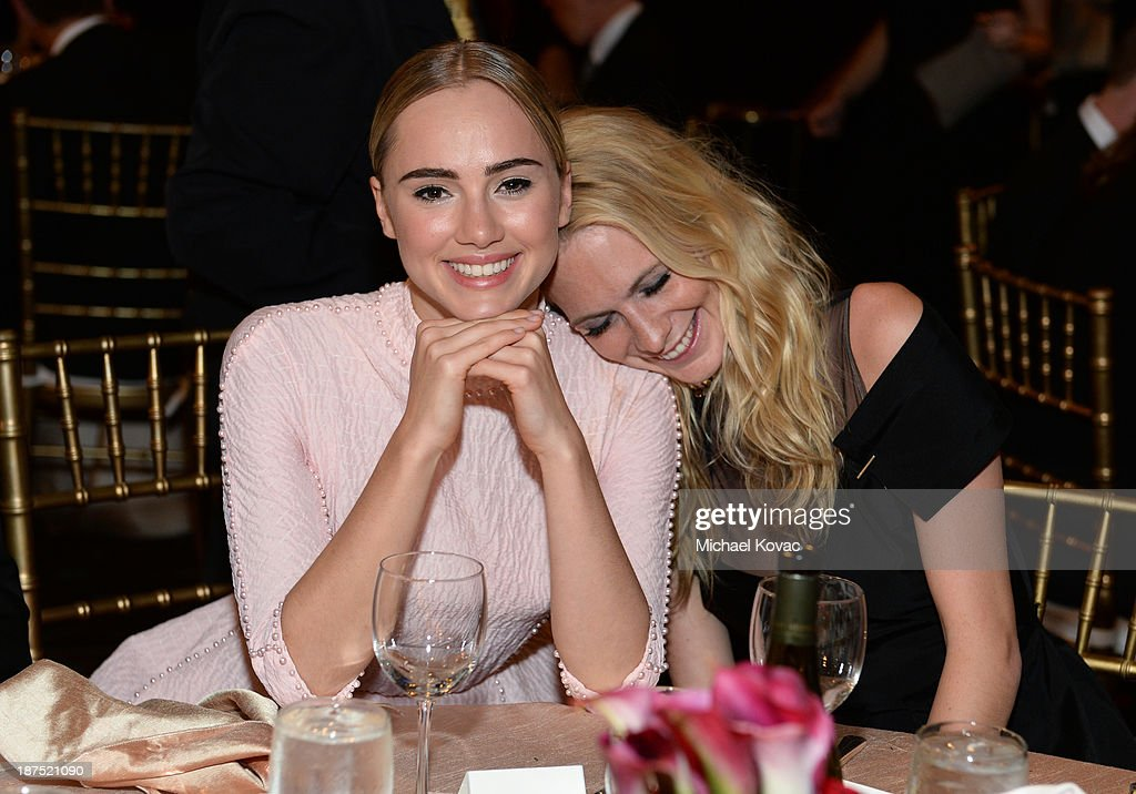 Models <a gi-track='captionPersonalityLinkClicked' href=/galleries/search?phrase=Suki+Waterhouse&family=editorial&specificpeople=7591336 ng-click='$event.stopPropagation()'>Suki Waterhouse</a> (L) and <a gi-track='captionPersonalityLinkClicked' href=/galleries/search?phrase=Poppy+Delevingne&family=editorial&specificpeople=2348985 ng-click='$event.stopPropagation()'>Poppy Delevingne</a> with Stylebop.com attend the 2013 BAFTA LA Jaguar Britannia Awards presented by BBC America at The Beverly Hilton Hotel on November 9, 2013 in Beverly Hills, California.