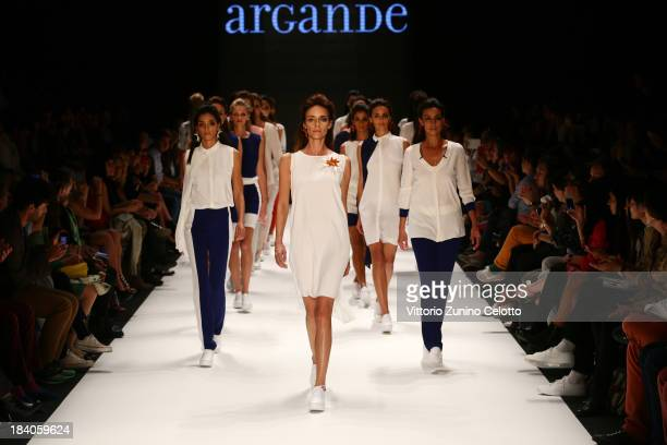 Models walk the runway at the Argande show during MercedesBenz Fashion Week Istanbul s/s 2014 Presented By American Express on October 11 2013 in...