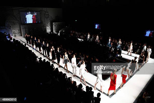 Models walk the runway at the Australian Luxe show during MercedesBenz Fashion Festival Sydney 2015 at Sydney Town Hall on September 25 2015 in...