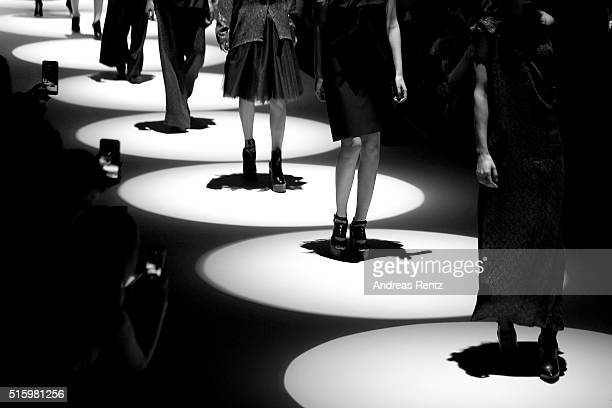 Models walk the runway at the Cigdem Akin show during the MercedesBenz Fashion Week Istanbul Autumn/Winter 2016 at Zorlu Center on March 16 2016 in...
