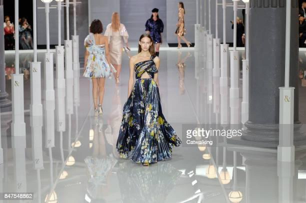 Models walk the runway at the Ralph Russo Spring Summer 2018 fashion show during London Fashion Week on September 15 2017 in London United Kingdom