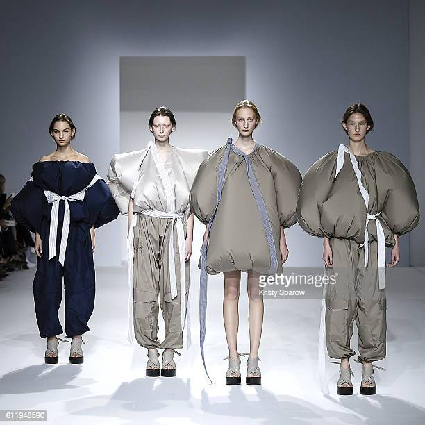 Models walk the runway during the Chalayan show as part of Paris Fashion Week Womenswear Spring/Summer 2017 on September 30 2016 in Paris France