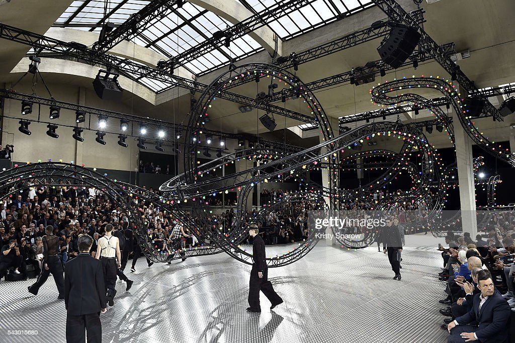 Models walk the runway during the Dior Homme Menswear Spring/Summer 2017 show as part of Paris Fashion Week on June 25, 2016 in Paris, France.