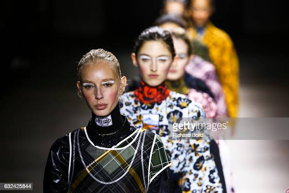 Models walk the runway during the Kenzo Menswear Fall/Winter 20172018 show as part of Paris Fashion Week on January 22 2017 in Paris France