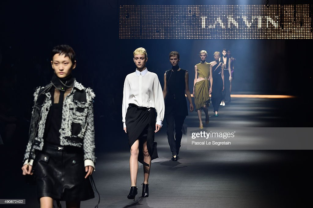 Models walk the runway during the Lanvin show as part of the Paris Fashion Week Womenswear Spring/Summer 2016 on October 1 2015 in Paris France