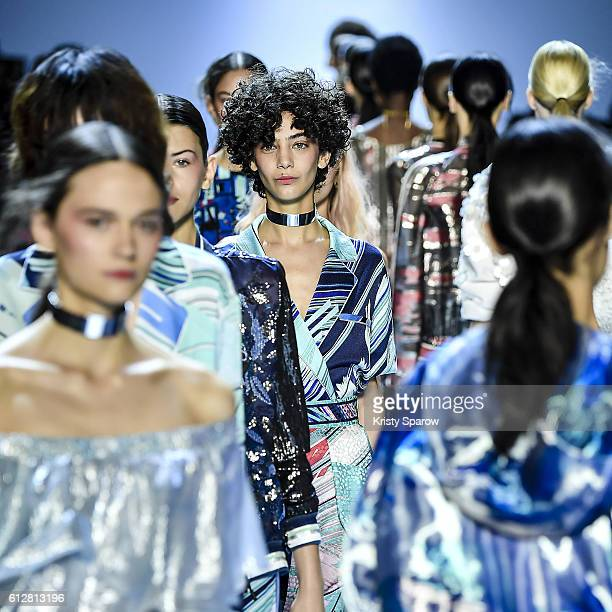 Models walk the runway during the Leonard show as part of Paris Fashion Week Womenswear Spring/Summer 2017 on October 3 2016 in Paris France