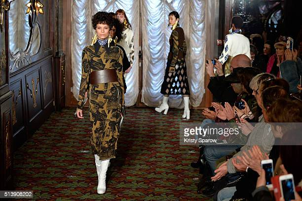 Models walk the runway during the Veronique Leroy show as part of Paris Fashion Week Womenswear Fall/Winter 2016/2017 on March 5 2016 in Paris France