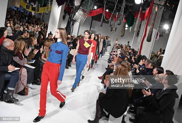 Models walk the runway for the Calvin Klein show at New York Fashion Week on February 10 2017 / AFP / Angela Weiss