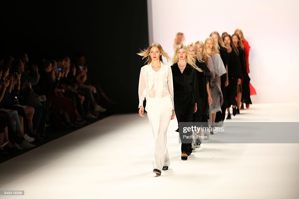 Models wear the collection of Avelon on the catwalk at the Erika Hess Ice Stadium in Berlin-Weding. 19th time of the Mercedes-Benz Fashion Week in Berlin. Numerous labels are taking part in the German fashion week for the 2017 spring / summer season.