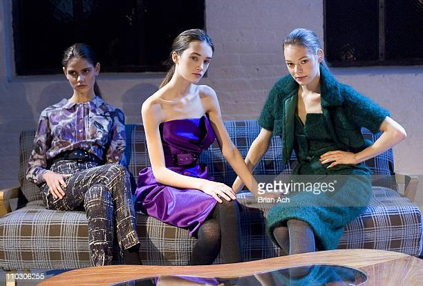 Models wearing Philosophy di Alberta Ferretti Fall 2007