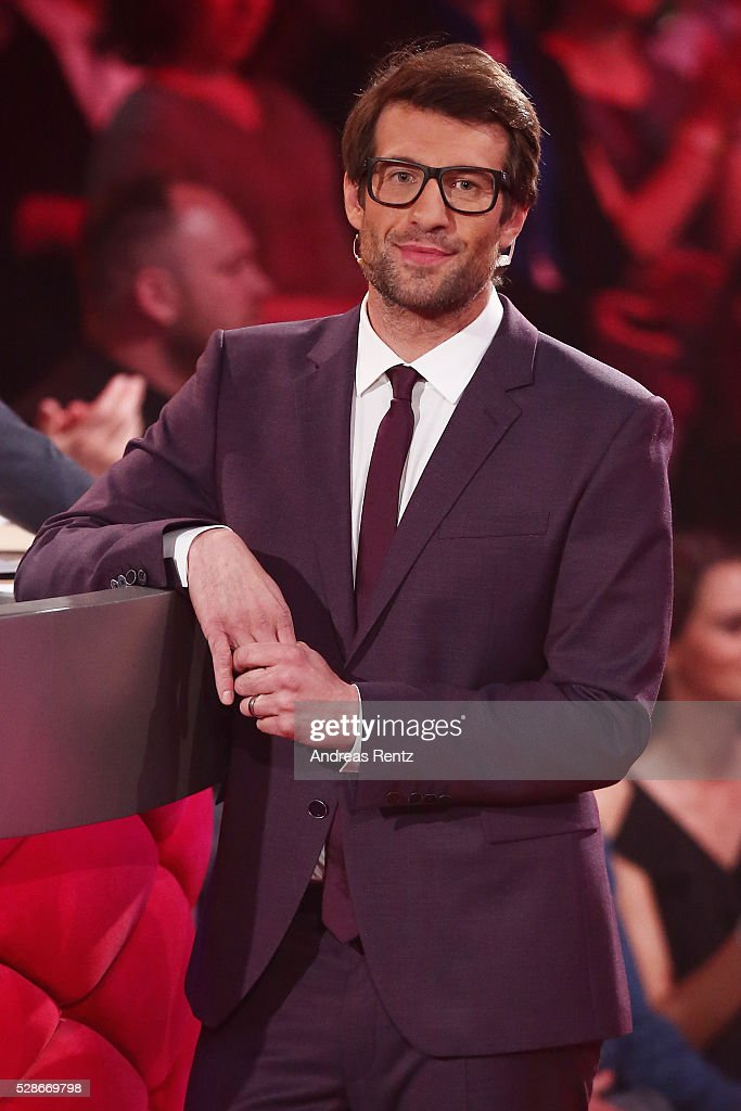 Moderator Daniel Hartwich gestures during the 8th show of the television competition 'Let's Dance' on May 06, 2016 in Cologne, Germany.