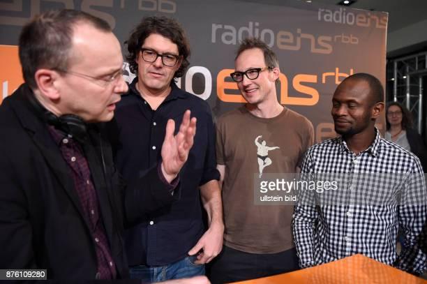 Moderator Knut Elstermann und die Regisseure Estephan Wagner Abou Bakar Sidibe und Moritz Siebert beim RadioEins BerlinaleNighttalk am Rande der 66...