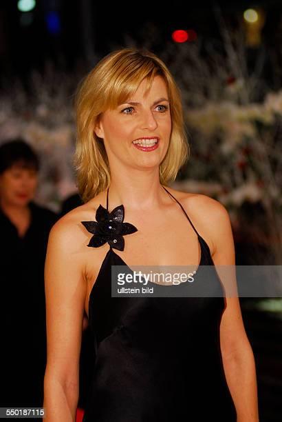 Moderatorin Petra Gerster anlässlich der Preisverleihung der 57 Internationalen Filmfestspiele in Berlin