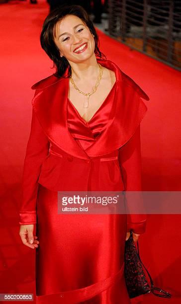 Moderatorin Sandra Maischberger während der Premiere des Film Shine A Light anlässlich der Eröffnung der 58 Internationalen Filmfestspiele in Berlin