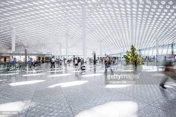 """""""aéroport moderne"""""""