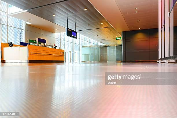 Moderno porta terminal aeroporto