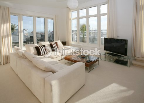 Int rieur moderne de lappartement photo thinkstock for Ambientazioni moderne