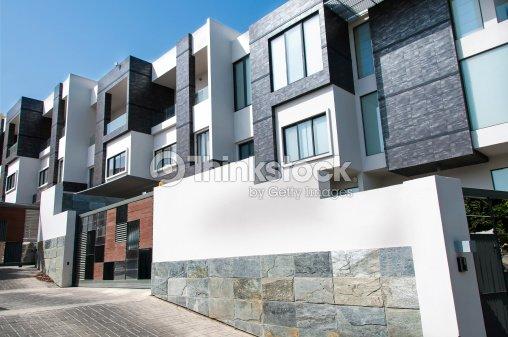 Appartamenti moderni foto stock thinkstock for Appartamenti moderni