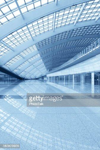 Architecture moderne Hall-XL